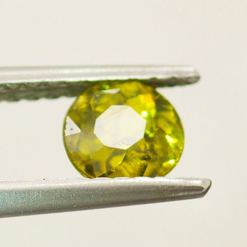 Demantoid, Granaatti - 0.67 ct