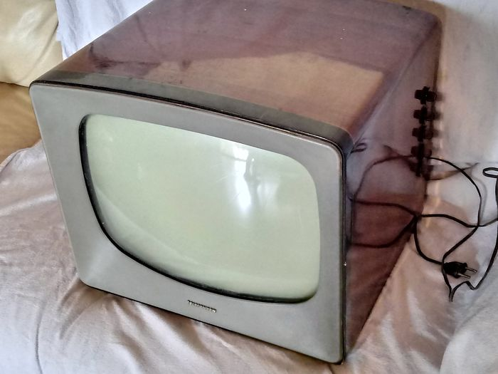 Telefunken - vintage television - Wood and mixed materials