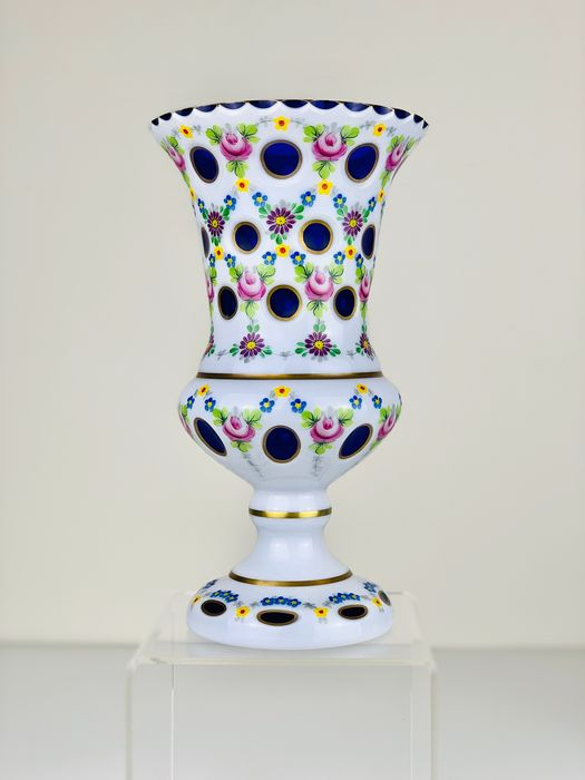 Bohemian overlay blue glass vase  - Glass - Late 19th century