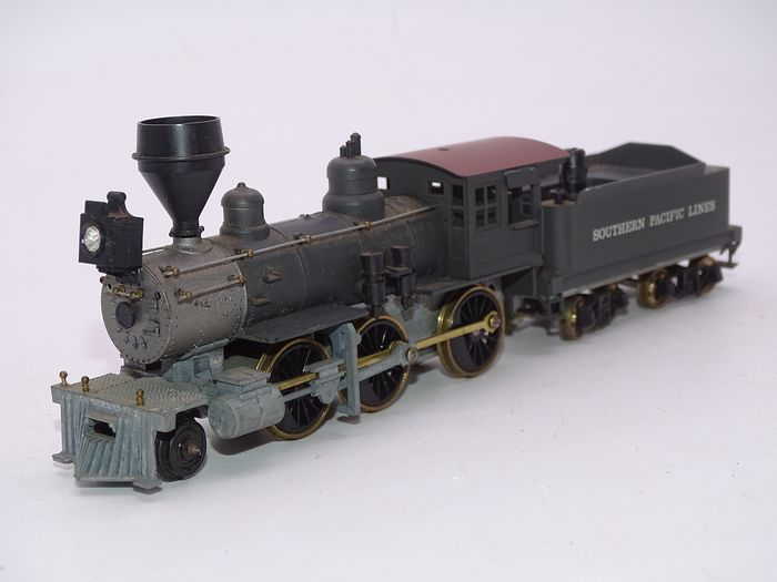 Roundhouse H0 - 493 - Steam locomotive with tender - 2-6-0 Mogul Old Timer - Southern Pacific