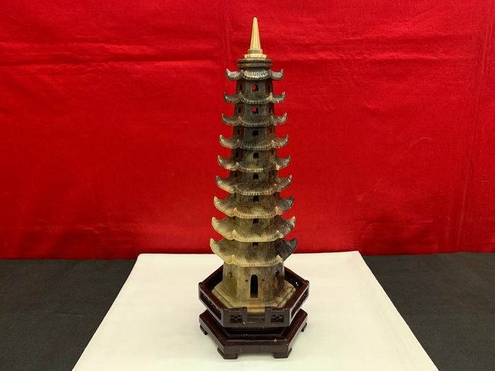Pagoda in soapstone (36 x 12 cm) - soapstone - China - People's Republic of China (1949 - present)