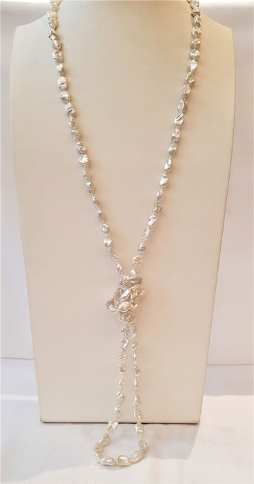 NO RESERVE PRICE - 925 Silver - 8x9mm Lustrous Freshwater Pearls - Necklace