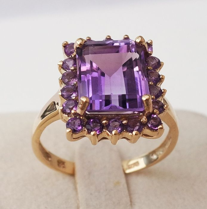 9 kt. Yellow gold - Ring - 4.20 ct Amethyst