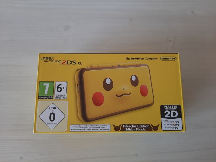 Nintendo New Nintendo 2DS XL (Pikachu Edition) - (Mint) - Console - In original box
