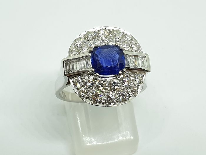 18 kt. White gold - Ring - 1,30 ct Sapphire