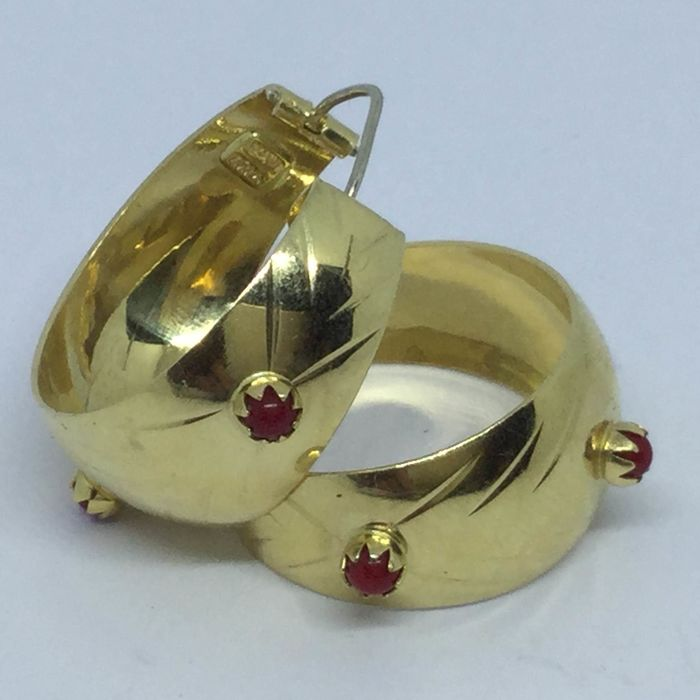18 kt. Yellow gold - Earrings Red Coral