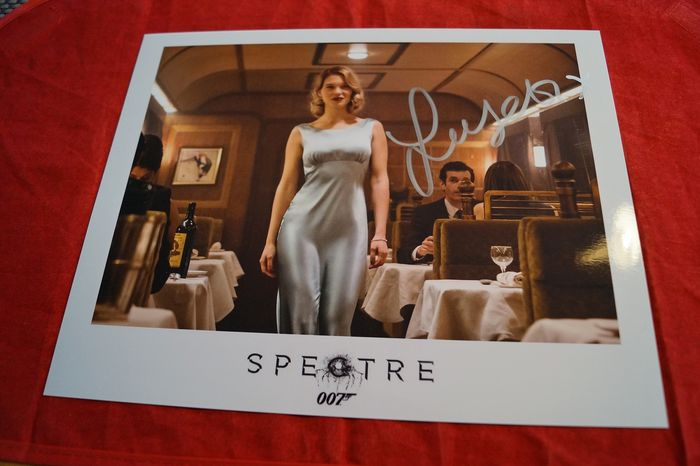 James Bond 007 - Bond Girl - Léa Seydoux in Spectre as Madeleine Swann -  - hand signed with COA  - Photo