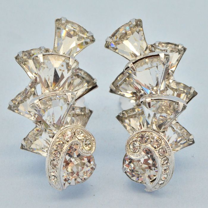 Eisenberg Vintage 1950s Rare Kite Cut Clear Crystal Silvertone - Earrings