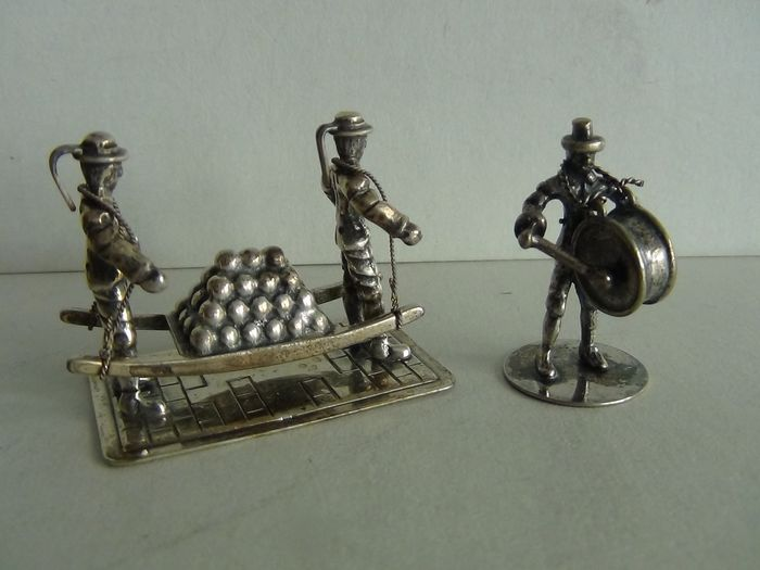 Silver miniature, large drum + cheese carriers (2) - .835 silver