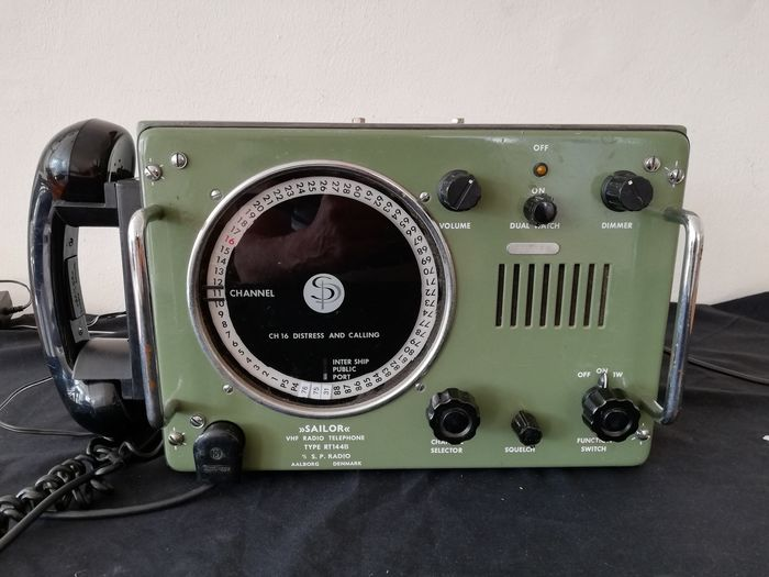 Vintage Ships Radio Telephone  - Steel Glass Electrish components  - Second half 20th century