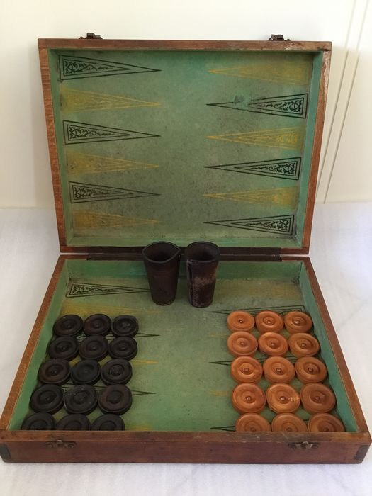 Backgammon game in wooden box with original stones - leather cups and original stones