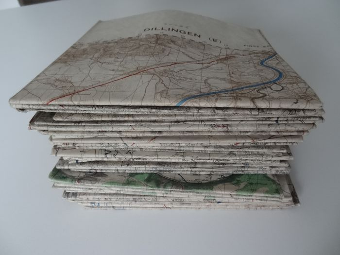 United Kingdom - very rare big lot of 40 German WWII Maps Map British army - 1944