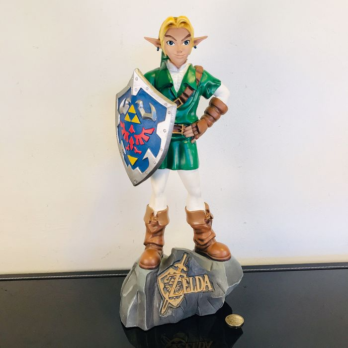 Nintendo - Very rare Link statue - Nintendo Legend of Zelda - Ocarina of Time E3 - Oxmox - without sword - Sin la caja original