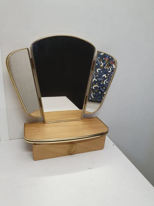 Complete vintage folding mirror with drawer