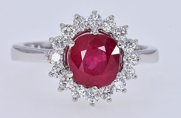 18 kt. White gold - Ring - 2.57 ct AIGS Unheated Ruby - Diamonds