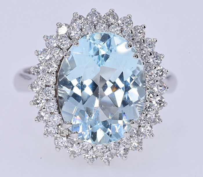 18 kt. White gold - Ring - 5.94 ct Aquamarine - Diamonds