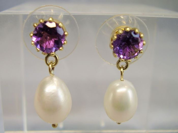 14 kt. Saltwater pearls, Yellow gold - Earrings - 1.50 ct Amethyst - white cultured pearls