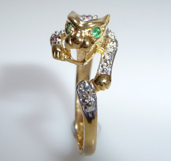 bague or jaguar
