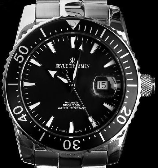 Revue Thommen - Diver Professional 17030.2137 - Swiss Automatic - ETA 2824-2 Elaboré - Excellent Condition - Rest Warranty - Men - 2018