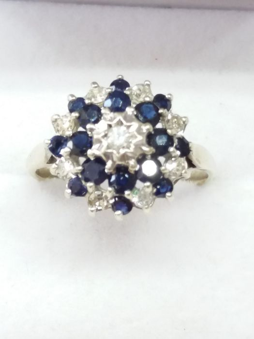 9k/9ct - Natural Sapphire and Diamond Cocktail Ring