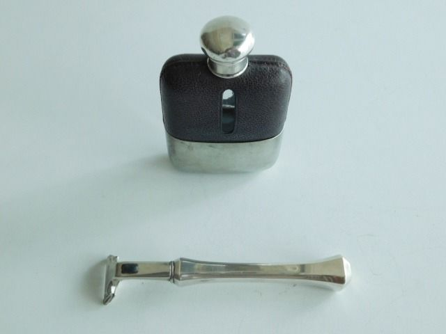 Hip flask with silver cap and razor holder with silver handle (2) - .925 silver - England and USA - First half 20th century