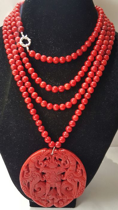 Buddhist amulet & necklace - .925 silver, colored jade and coral