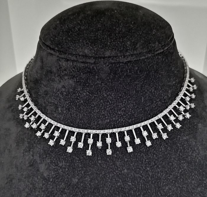 18 kt. White gold - Necklace - 4.70 ct Diamond