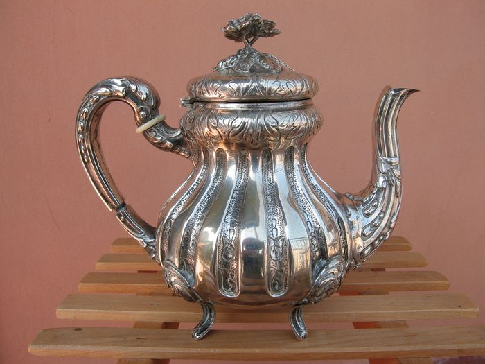 Teapot - .800 silver - Europe - Early 20th century