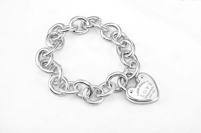 TIFFANY Heart-shaped Lock Tag Bracelet Plata - Brazalete