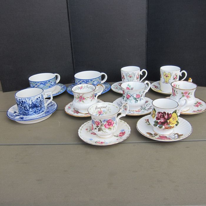 English cups and saucers (10) - Porcelain
