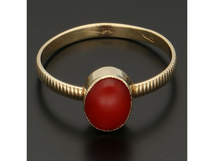 14 kt. Gold - Ring Blood coral
