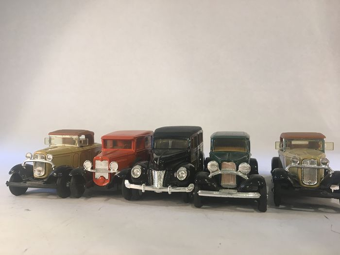Ertl & Matchbox - 1:43 - 5x ERTL Models & 6x Matchbox