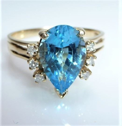 14 kt. Yellow gold - Ring, 3.5 ct. Blue Topaz Drop - 6 Diamonds 0.20 ct. H-I / SI