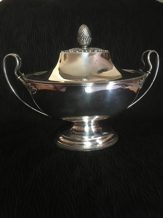 Tureen (1) - .800 silver - Italy - Early 19th century