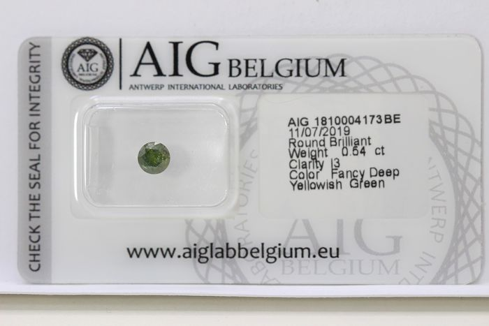 Diamond - 0.54 ct - Brilliant - ( Treated Color ) - * NO RESERVE PRICE *