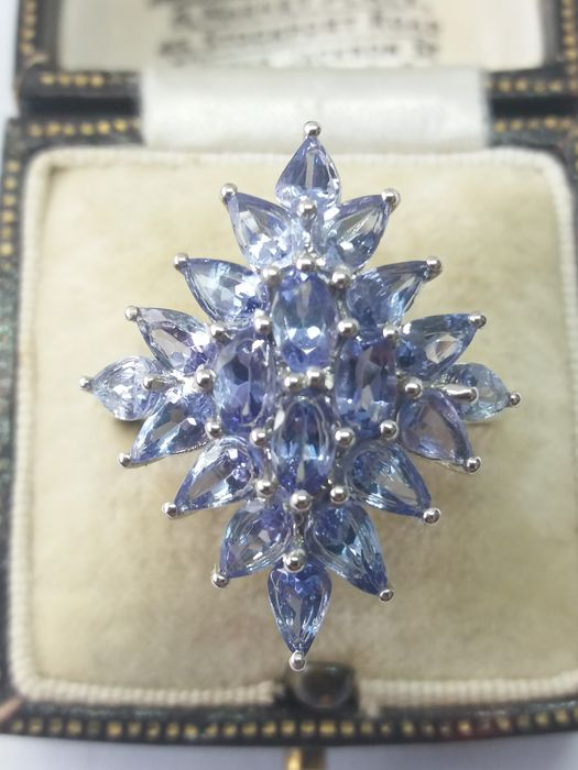 platinum over silver  - Large 3.75ct Cornflower Blue Lilac Tanzanite Cluster ring