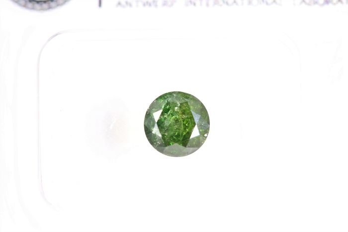 Diamant - 0.90 ct - Briljant - ( Treated Color ) - * NO RESERVE PRICE *
