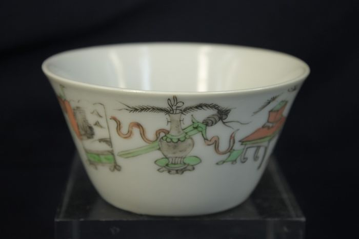 Cup - Famille rose - Porcelain - Eight Buddhist symbols, Immortal - Extra large 10cm - China - Qing Dynasty (1644-1911)