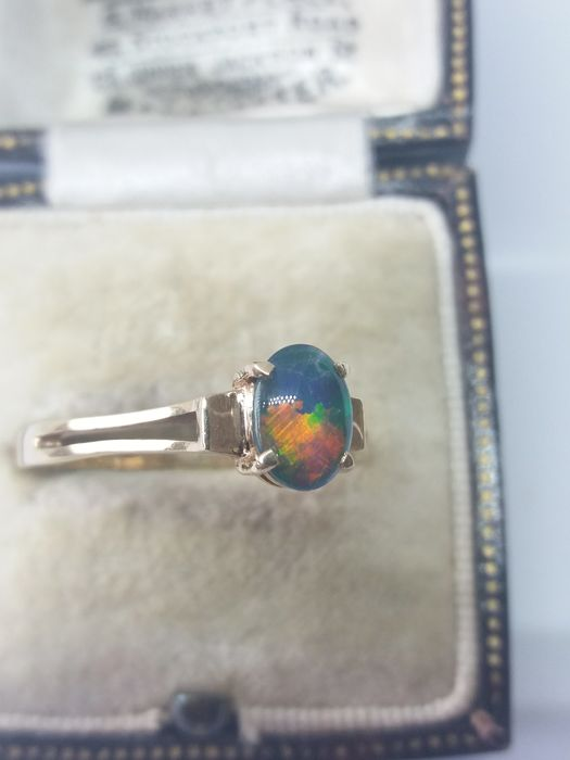 375 Yellow gold - Lightening Ridge Black Opal Doublet Solitaire gold ring - 0.35 ct