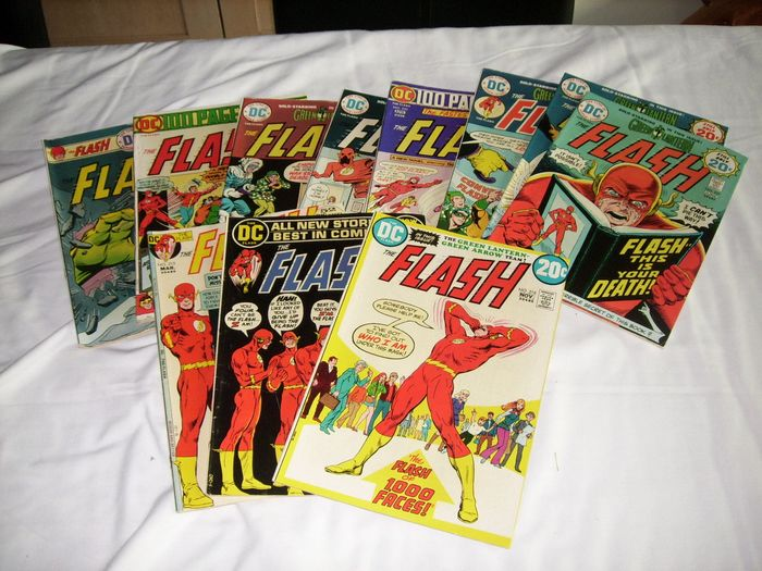 DC - The Flash - 12 issues - Trade Paperback - First edition - (1972/1975)