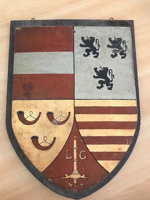 Large handpainted coat of arms - Wood