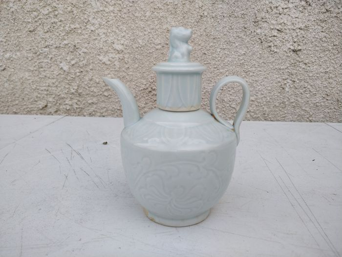Teapot - Celadon - Porcelain - Flowers - China - Second half 20th century
