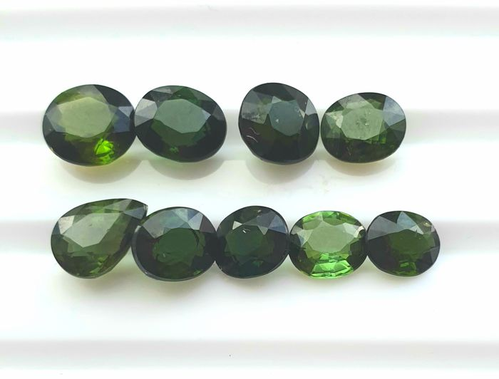 9 pcs Green Tourmaline - 6.75 ct