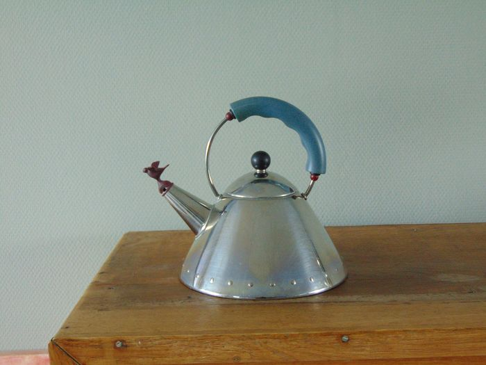 Michael Graves - Alessi - kettle