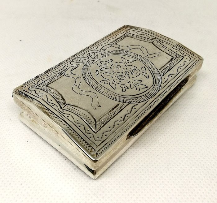 Antique Silver Box with Manually Engraved - Silver - Probably Germany - XVIIIth Century / XIXth Century