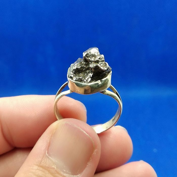 Meteorite FIELD of HEAVEN. Silver ring. Handmade. - 6.8 g