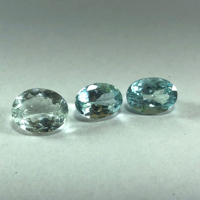 3 pcs  Akvamarin - 5.60 ct