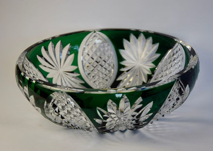 Val Saint Lambert - large Green White cut bowl - Crystal