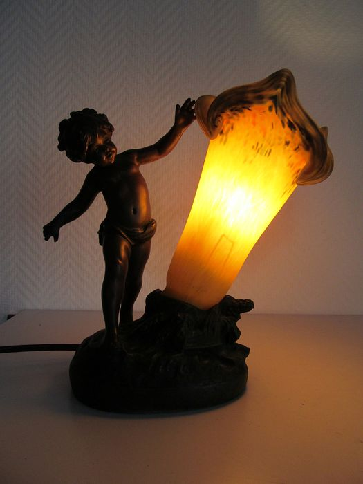 Art de France lamp with angel and lampshade of glass paste -resin and glass paste