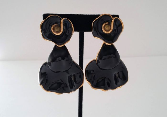 Oscar De La Renta Enamel Flower Dangle Earrings